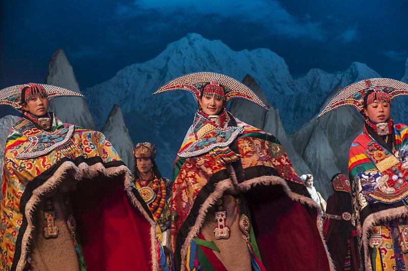 2) Teatro Lhamo