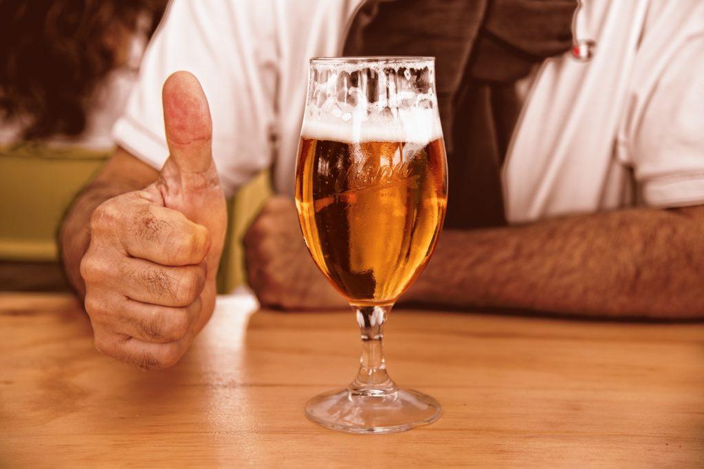 Chi beve birra campa 100 anni… forse… Ma occhio al glifosato!